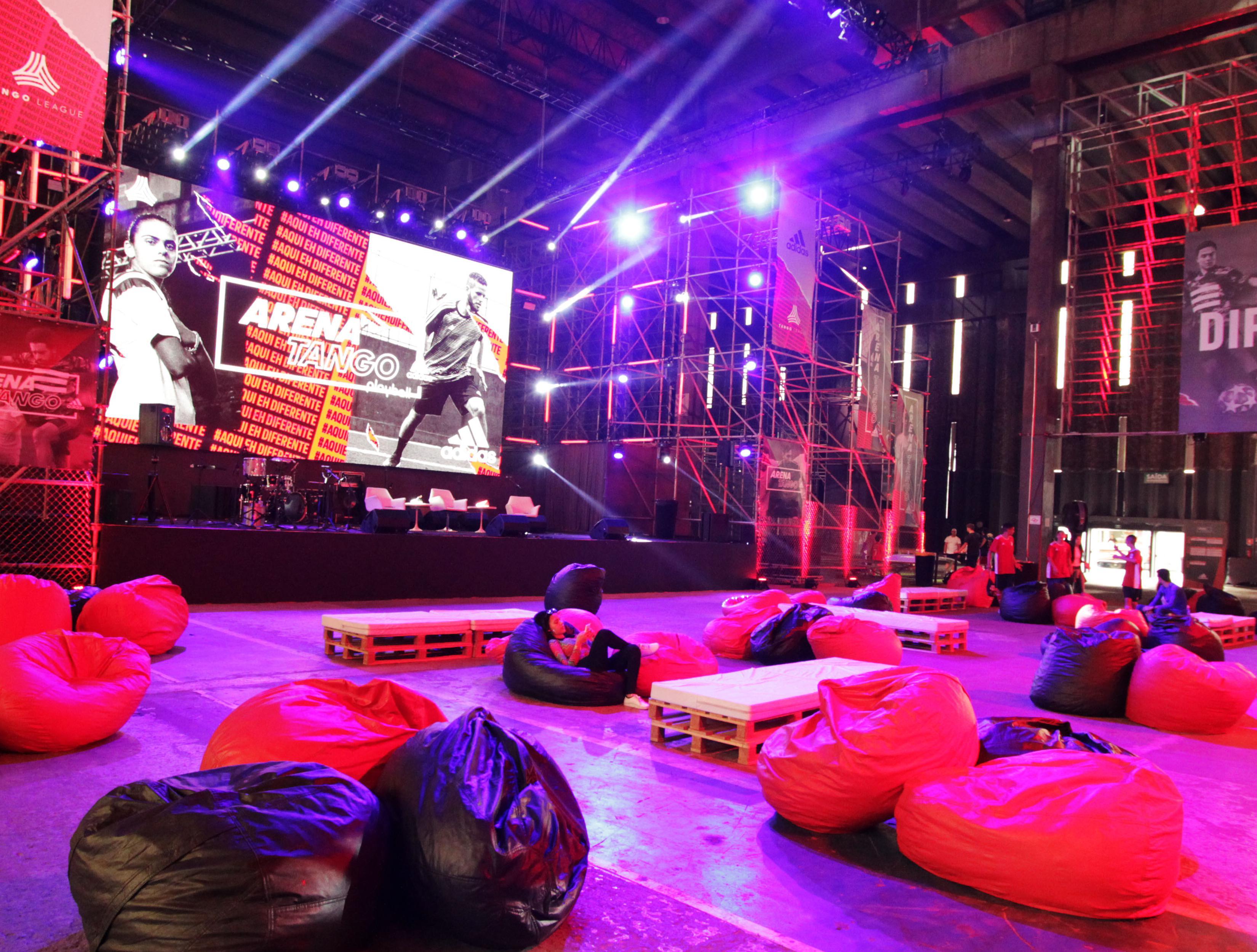 Adidas - Arena Tango 2019